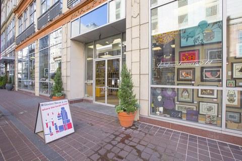 Fabulous Frames & Art: Where the locals shop!